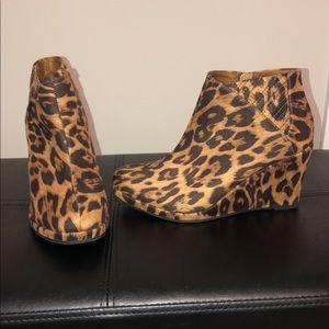 Rampage Cheetah print short boots